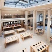 Apple Store Opera Interieur
