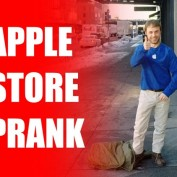 Apple Store Humour Faux Employe