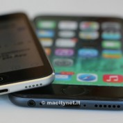 iPhone 6 Maquette vs iPod touch 5G 2